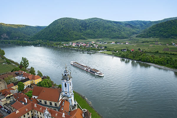Viking River Cruises - Longship Ullur