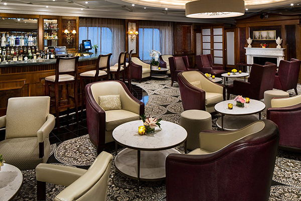 Azamara Cruises - Discoveries Lounge