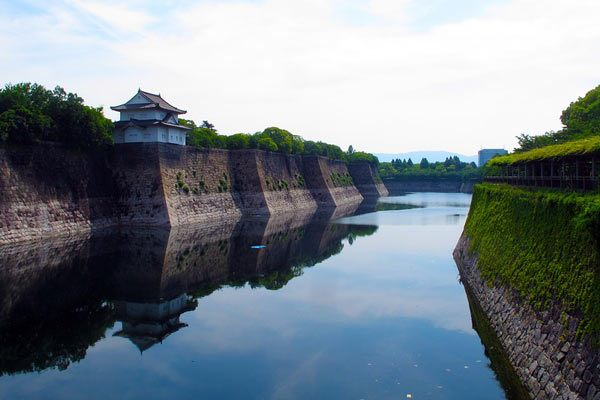 Osaka Castle on Water