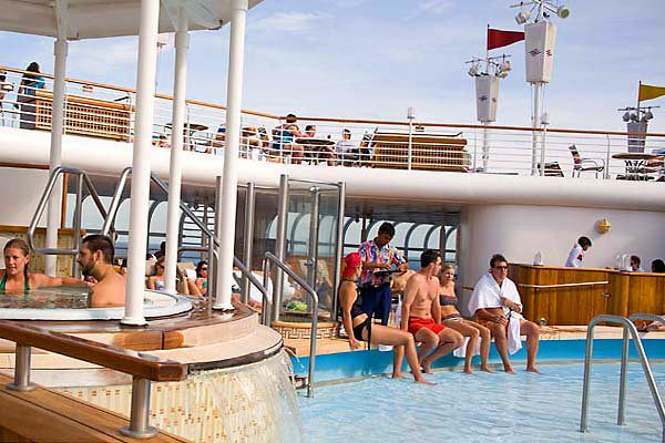 Disney Cruise Line - Quiet Cove Pool