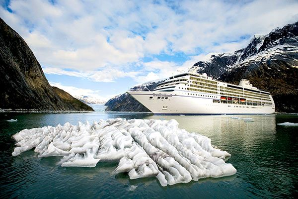 Regent Cruise Ship - Seven Seas Mariner In Alaska