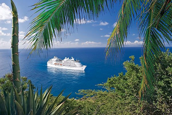 Regent Cruise Ship - Seven Seas Navigator In The Tropics