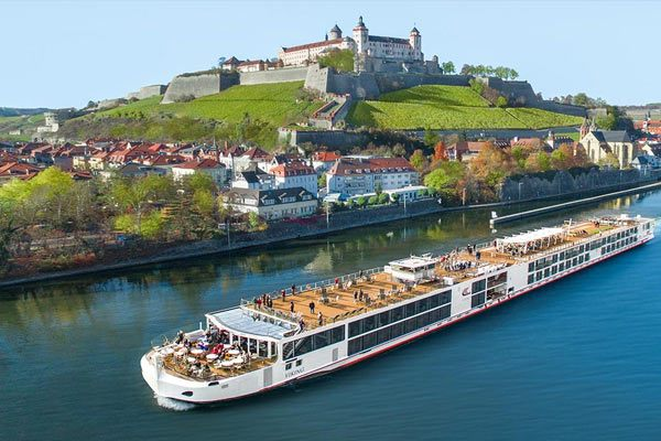 Viking River Cruises - Viking Longship Var