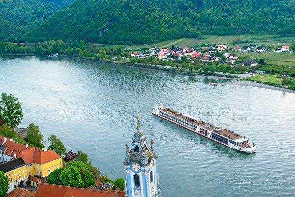 Viking River Cruises - Viking Longship Ve